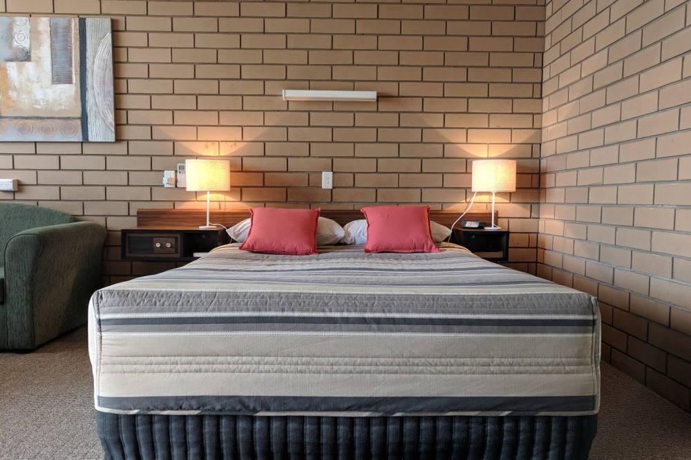 Single room accommodation Wycheproof Motor Inn